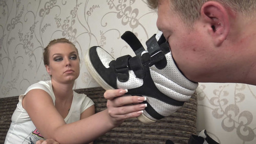 Anna - lick my dirty sneakers and eat my sweaty socks! Full HD