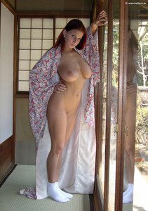 http://img116.imagetwist.com/th/14583/xlrpgva979td.jpg