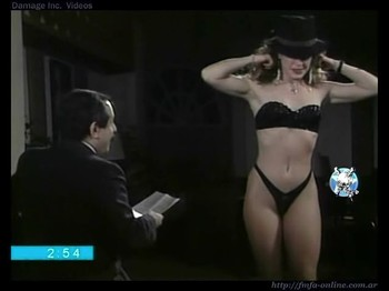 Betty Villar fit body in black lingerie