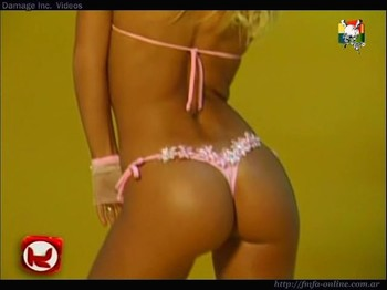Jesica Cirio fantastic booty in thong close up shot