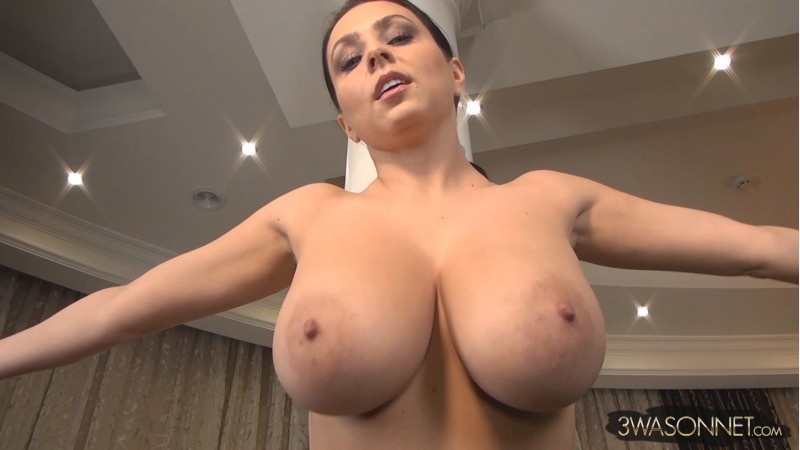 Ewa Sonnet – Big Boobs Day, Night FullHD 1080p