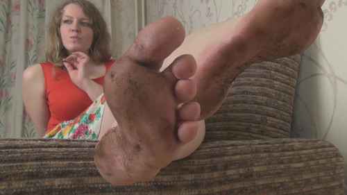 Sofia - dirty foot worship Full HD