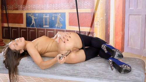 Zaya - Stretching My Ass