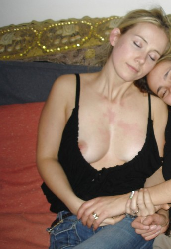 o3sbf0mqpuis - Drunk girls nipple slip Downblouse pictures