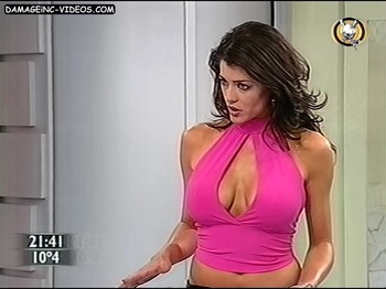 Pamela David big breasts cleavage