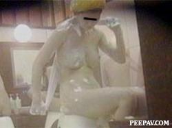 No.04093_1 Body washig spasce older women
