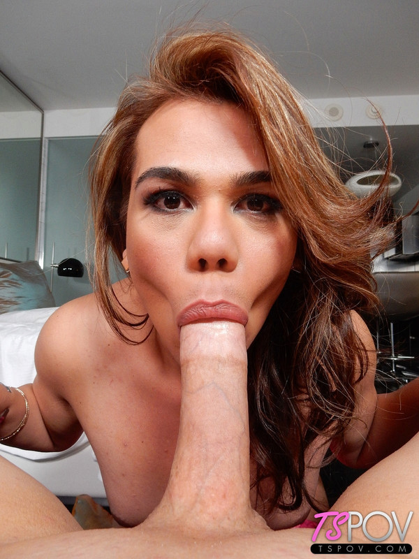 Claudia Rosa Is Back to Swallow Your Cum (29 December 2017)