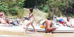 girls Sydney beach nude