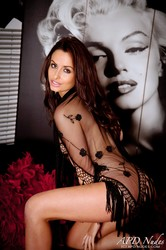 Sarah E - Striptease -e6qkcnbvwv.jpg