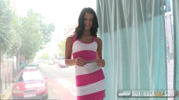 Vivien Bell BoxTruckSex