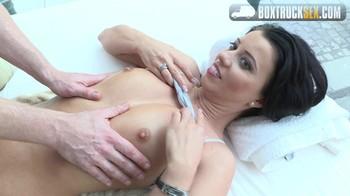 Vicky Love BoxTruckSex