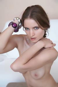 Stephanie A - Vania