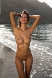 Claudia - The Shoreline