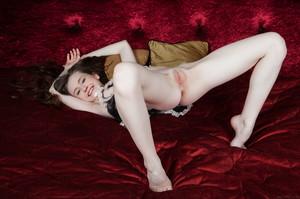 Emily Bloom - Aseri  u6rgh5wi5a.jpg