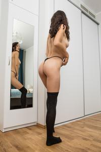 Diana - Mirror