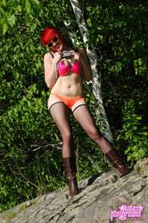 Sabrina-In-The-Sun--g6s71ipvxb.jpg