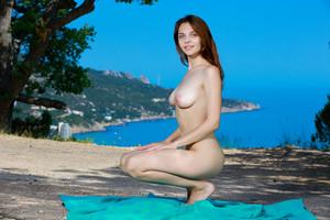 Olga Rich - Elodio -16r9fmr2wf.jpg