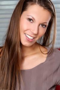 Lizzie Ryan - Lucky You -o6r9hv7sde.jpg