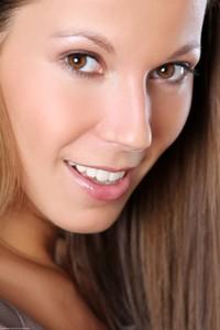 Lizzie Ryan - Lucky You -66r9hvbcnr.jpg