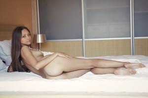 Tristana A - Leggy -t6r9h7xg4w.jpg