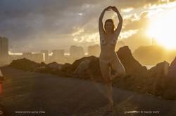 Scarlett-Morgan-Glorious-Sunset--b6vdujbcbo.jpg