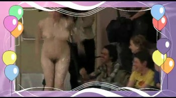 Celebrity Content - Naked On Stage - Page 6 Dmr59x6a6iwx