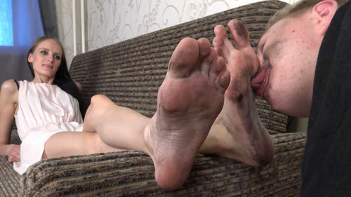 Daisy - dirty foot worship Full HD