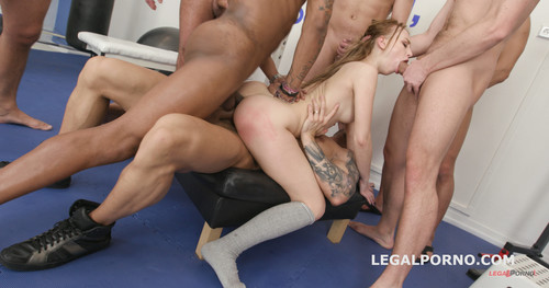 LegalPorno.com - 10on1 ANAL, DAP, TP gangbang with Kira Thorn with Big Gapes and 10 Swallows GIO605